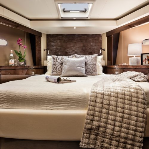2016-c52-coupe-guest-stateroom-copy