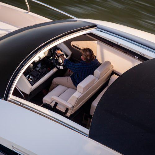2016-c52-coupe-heli-running-4748