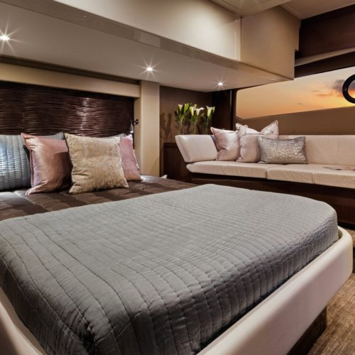 2016-c52-coupe-master-stateroom-copy